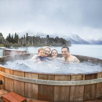 Queenstown hot tub