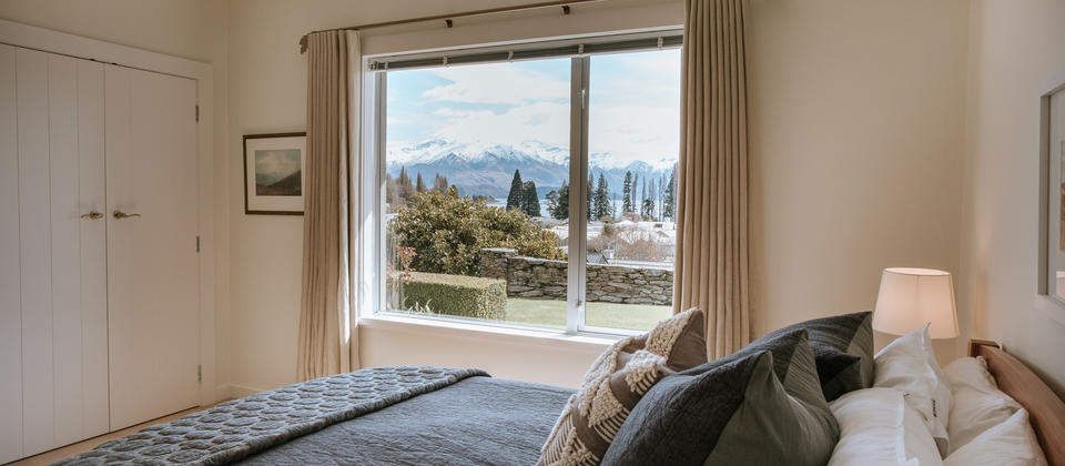Release Wanaka - Willowridge, beautiful views from the guest bedrooms
