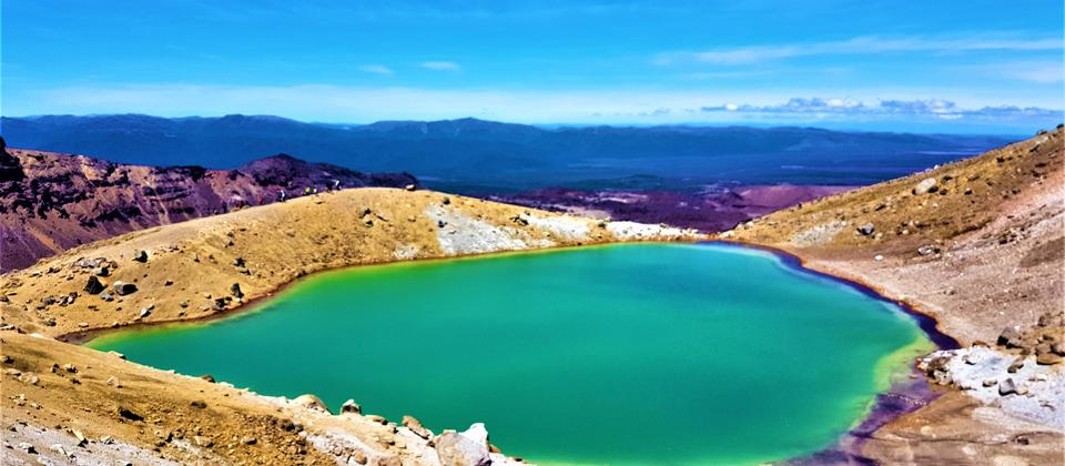 Stunning Emerald Lakes - Tongariro National Park