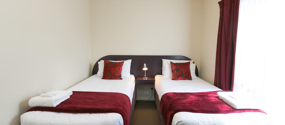 Studio Shwr 2 Single Beds 2.jpg