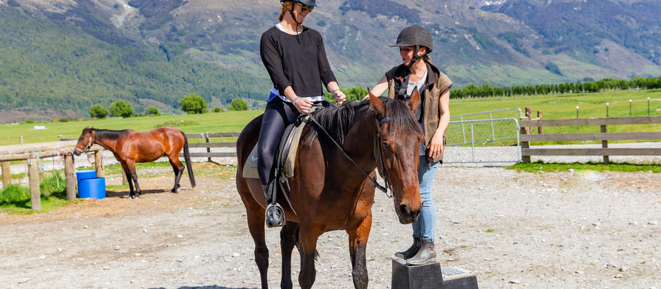 Our 1 hour River Wild is the perfect introduction to horse riding for first timers and children.