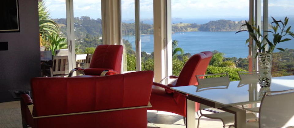 sue-s-2nd-house-110-waiheke-island-luxury-holiday-houses-villas-apartments-new-zealand.82498.904x505.jpg