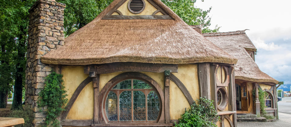 Hobbiton Day Tour - Olie's Travels