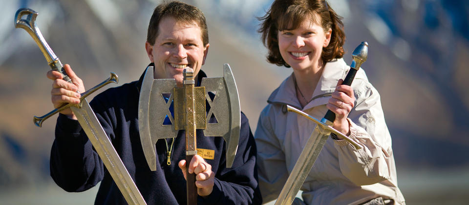 LOTR Couple with replicas.jpg