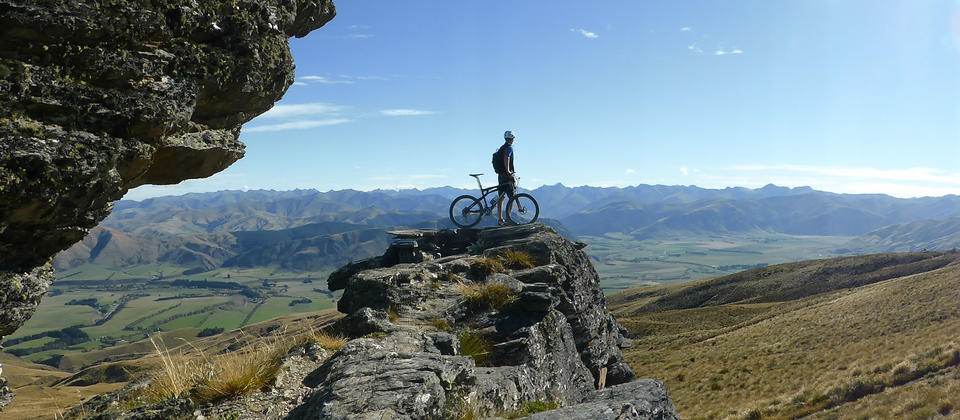 Enjoying one of our Mountain Biking itineraries nr Queenstown