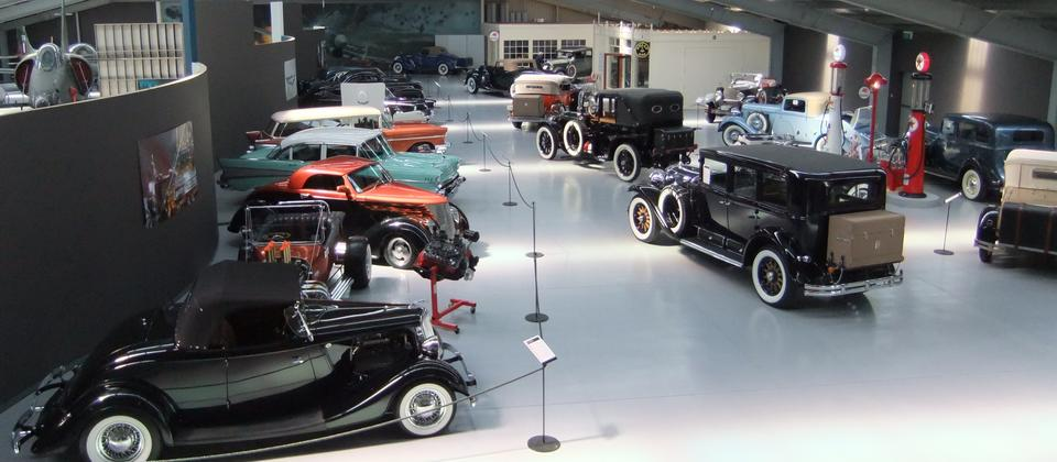 Warbirds & Wheels has over 30 classic cars