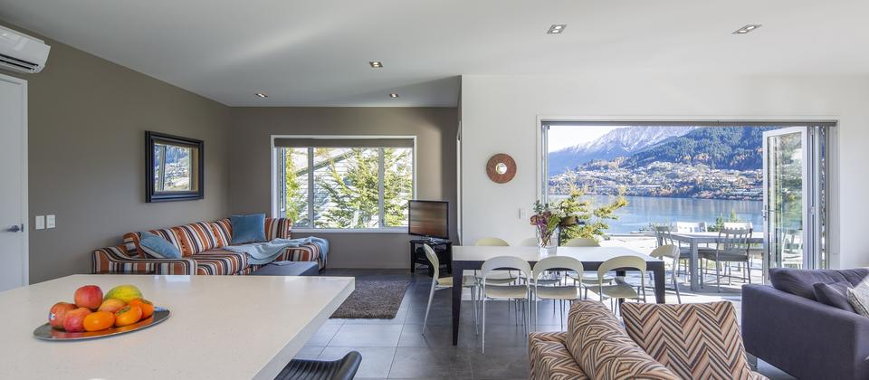 Sunnyside-Vista-Queenstown-holiday-rental.jpg