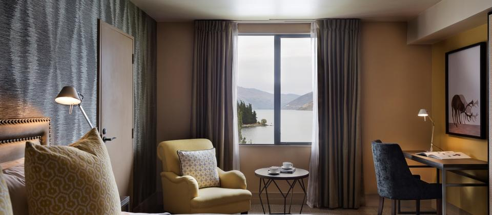 St Moritz Guest Room Lake View