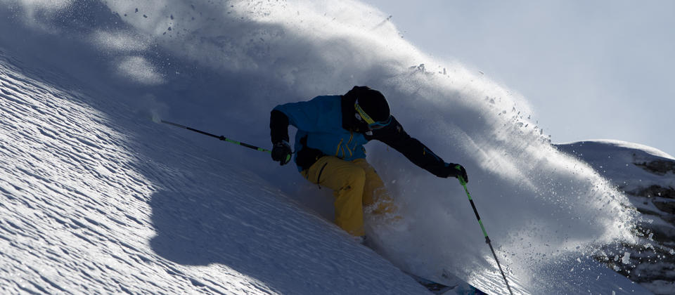 TC06-Sam-Smoothy-Skiing-Treble-Cone-Wanaka-NZ.jpg