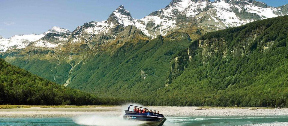 ダートリバー・アドベンチャーズ | Activities & Tours in クィーンズタウン, ニュージーランド