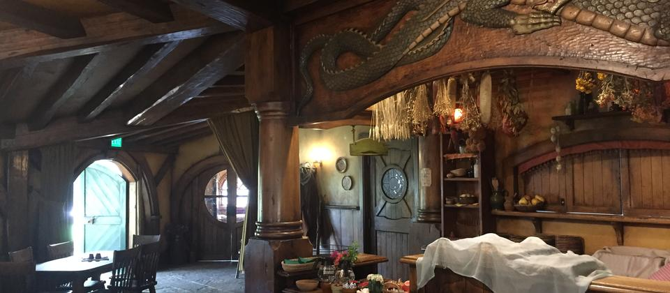 Hobbiton - Green Dragon (Inside).JPG
