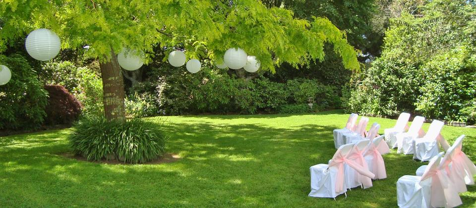 Kahikatea Gardens is a popular wedding venue - for ceremonies, photographs and receptions.
