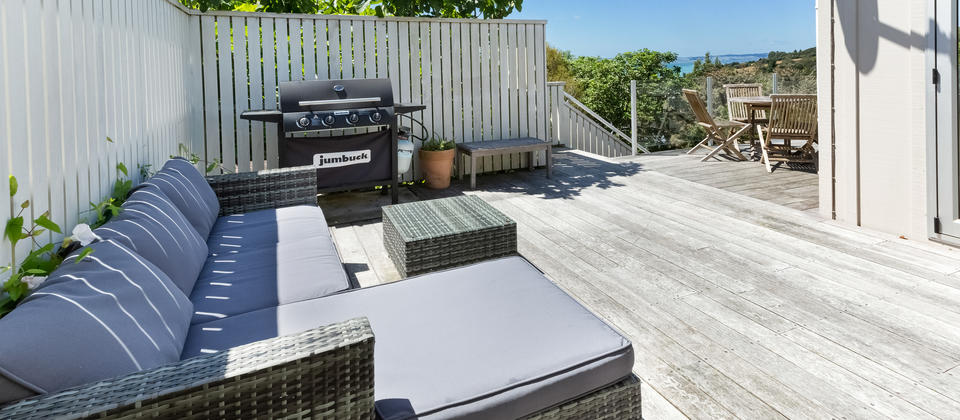 Tiri Cottage - Deck & BBQ.jpg