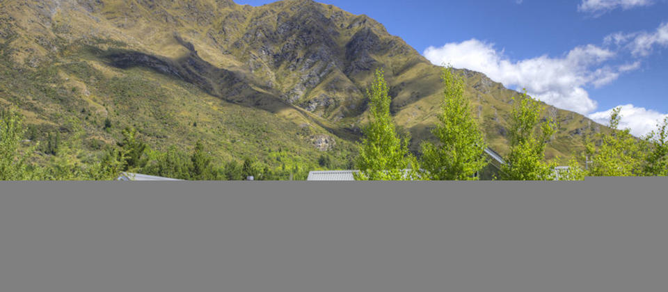 new-zealand-gucci-too-1815-queenstown-luxury-holiday-houses-villas-apartments.26676.904x505.jpg