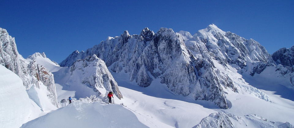 Ski touring in NZ, Westland National Park, Mt Tasman