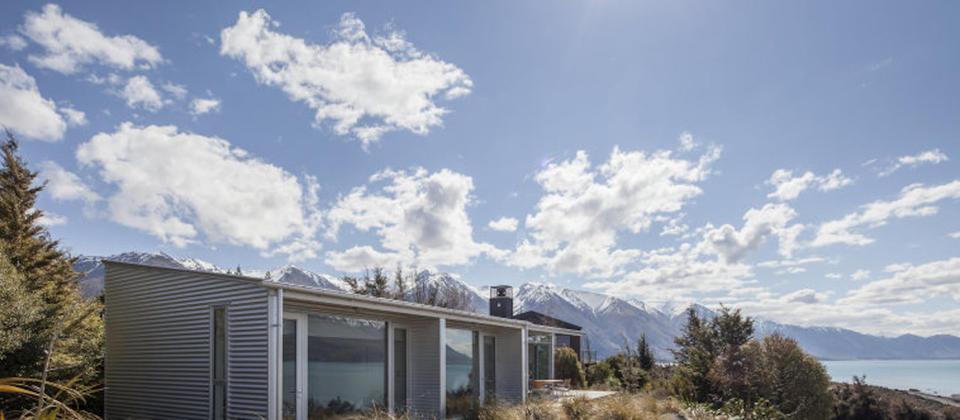 luxury-holiday-houses-villas-apartments-new-zealand-canterbury-wilderness-lakehouse-2910.89923.904x505.jpg