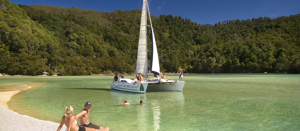 Beach stops and swimming with Abel Tasman Sailing Adventures
