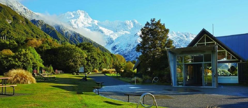 DOC Aoraki / Mount Cook National Park Visitor Centre