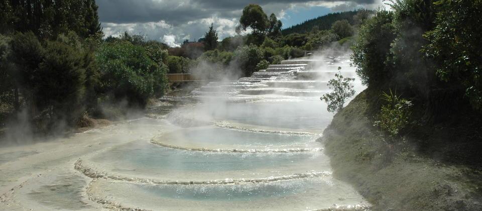 Wairakei silica terraces