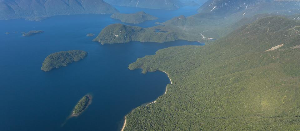 Views of Lake Manapouri - Fiordland.