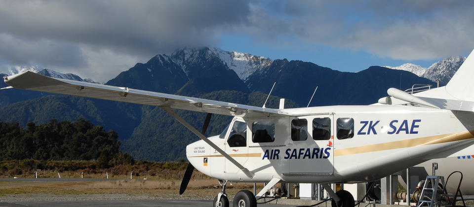 Air Safaris aircraft at the Franz Josef airport