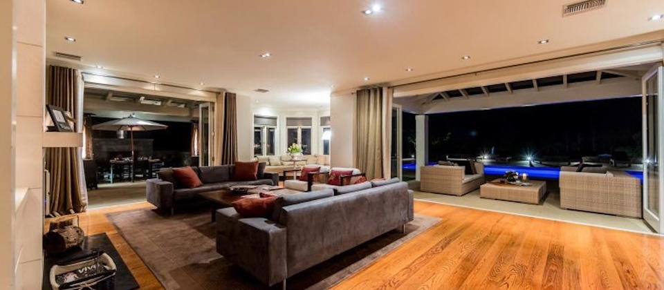 auckland-region-new-zealand-exclusive-retreat-luxury-holiday-houses-villas-apartments.102537.904x505.jpg