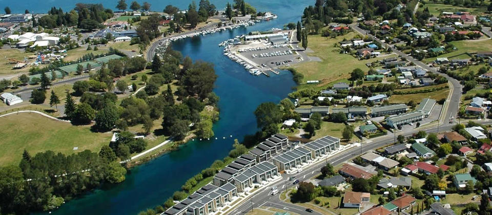 Riverside Apartment, one of the Watermark Villas, Nukuhau, Taupo