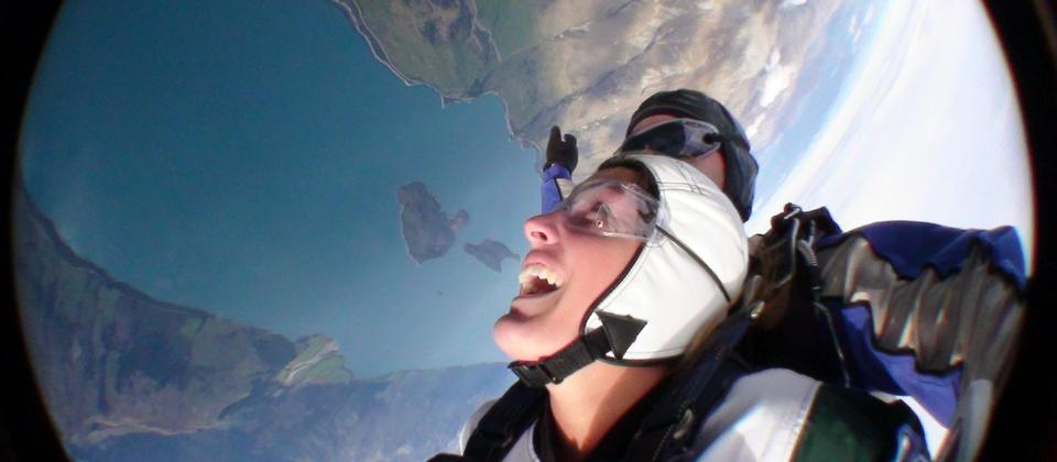 Freefall at 200kph over Mt Aspiring and Fiordland National Parks.