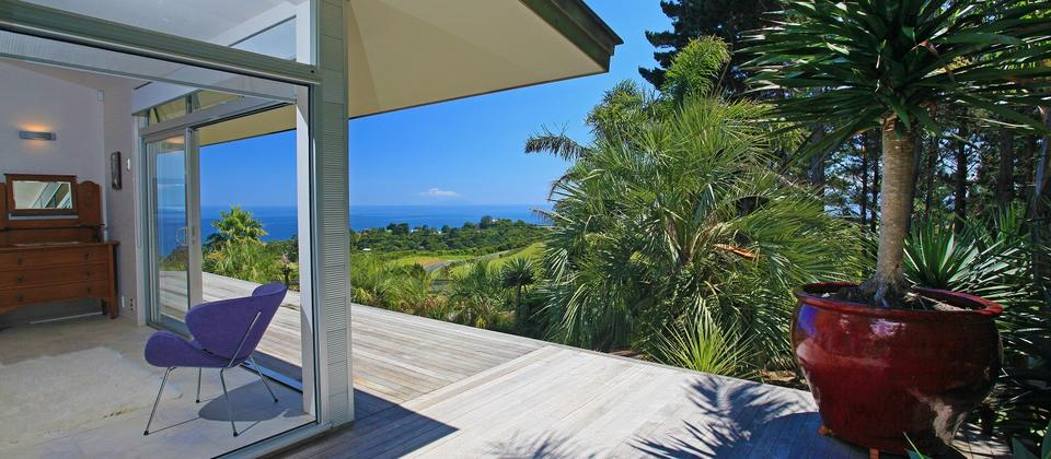 Sunny decks on 3 sides with amazing seaviews