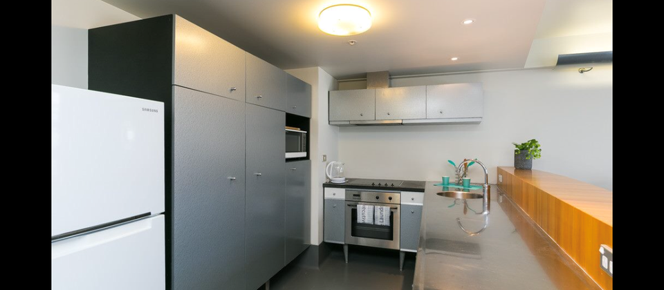 1 Bedroom Exec Apartment As larger kitchen