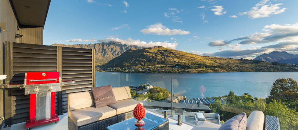 queenstown-new-zealand-the-highlander-luxury-holiday-houses-villas-apartments.108058.904x505.jpg