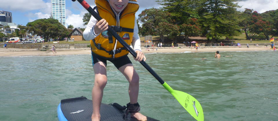 Kids can with Stand Up Takapuna