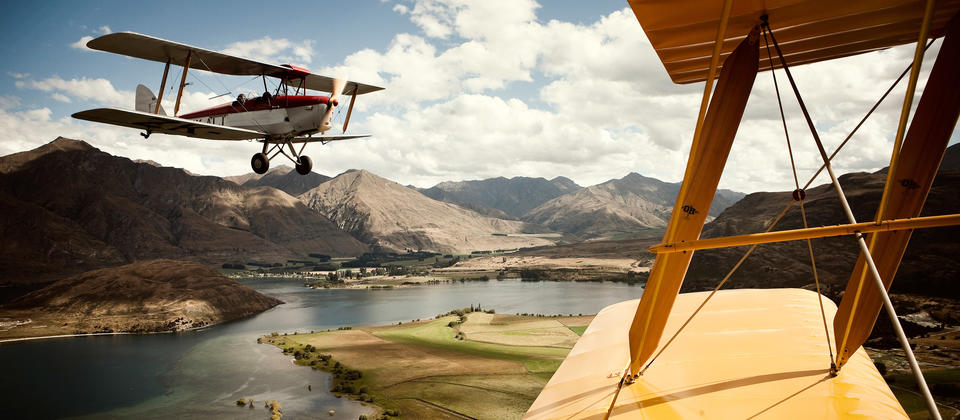 QuotientGT-NewZealand-TigerMoth.jpg