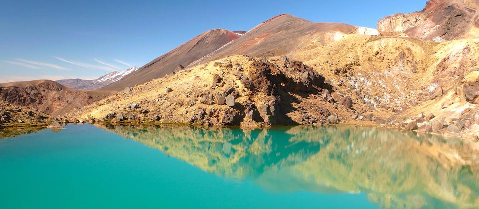 Tongariro's Emerald Lakes (Ngarotopounamu), mid walk, colors are from minerals and milkiness from suspended clay particles