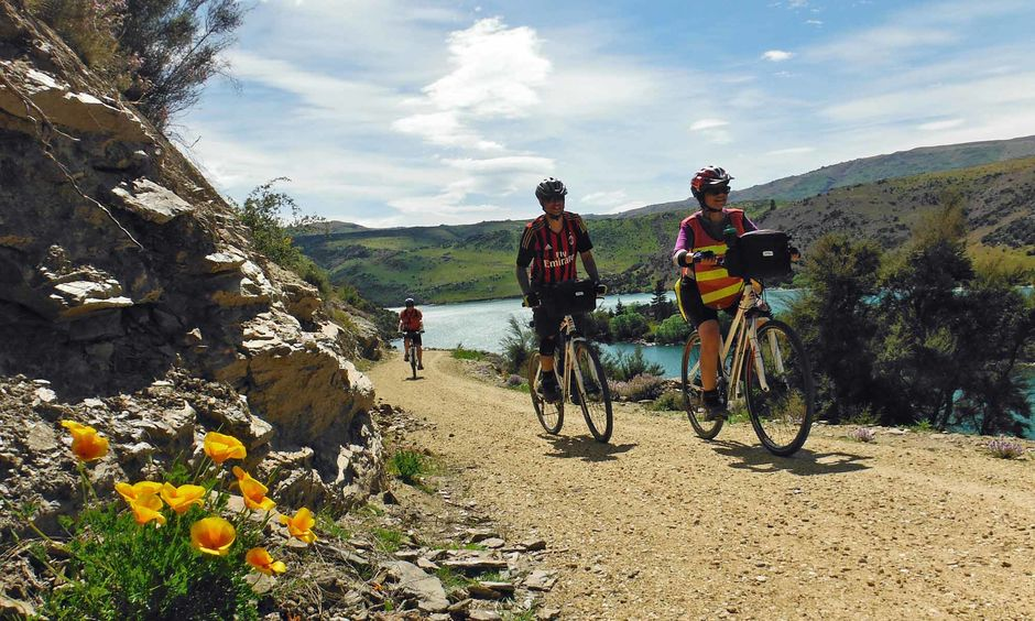 Cycling the Roxburgh Gorge Trail
