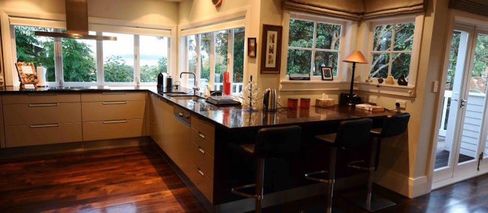 remuera-villa-8530-luxury-holiday-houses-villas-apartments-auckland-central-new-zealand.100190.904x505.jpeg