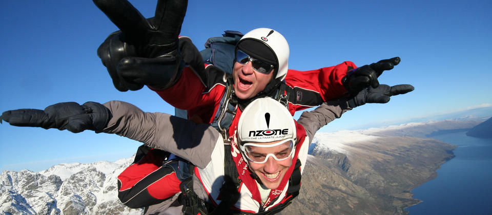 Skydive above Lake Wakatipu and the Southern Alps