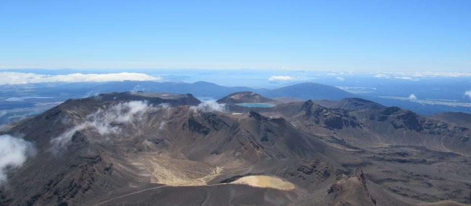 Tongariro Alpine Crossing from Mt Ngaurahoe.JPG