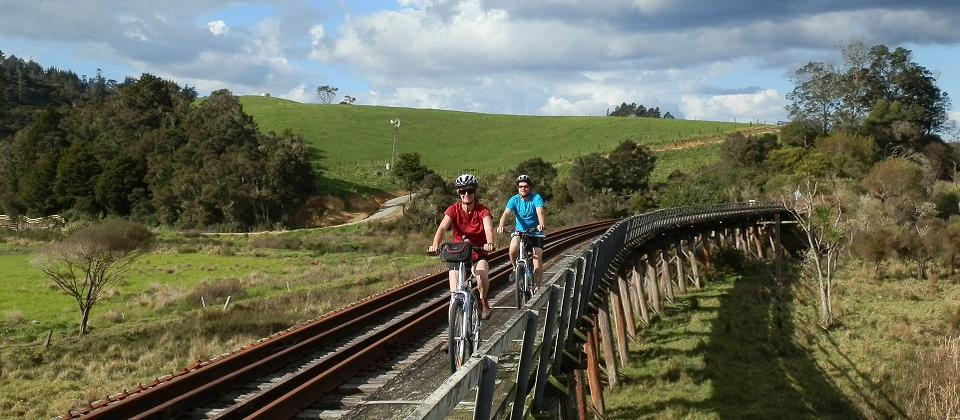 Explore some of New Zealand's oldest European and Maori settlements in the Bay of Islands and Northland on this 'rail trail'.