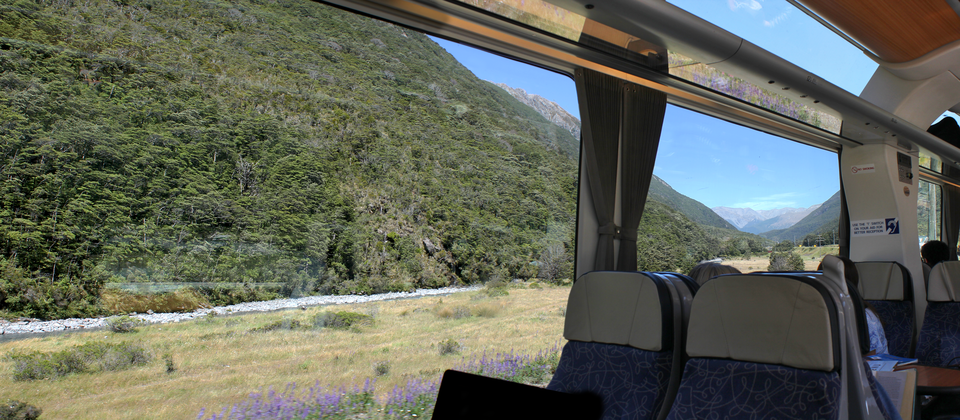 4727--TranzAlpine--In-the-Carriage-Pulling-into-Arthurs-Pass-Station.png
