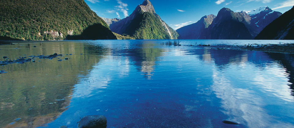 L161-Milford-Sound-Fiordland-Rob-Suisted (3).jpg