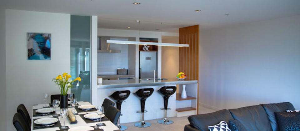 luxury-holiday-houses-villas-apartments-wellington-new-zealand-piermont-view-4794.81875.904x505.jpg