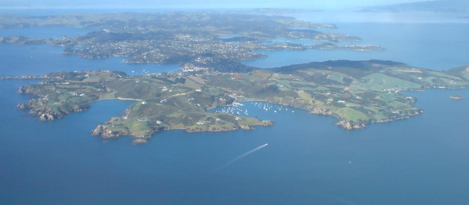 Waiheke_Island_Seen_From_Above_West.jpg