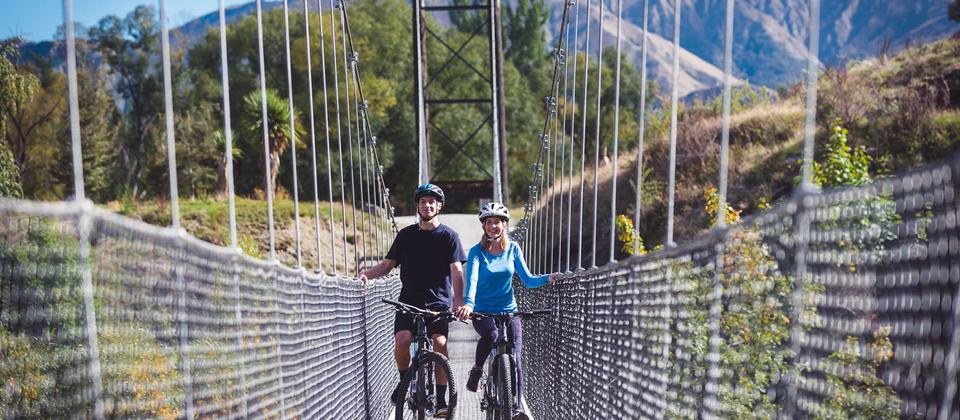 Arrowtown Bike The Bridges suspension bridge crossing