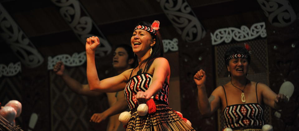 Get the best cultural performance here at Te Puia