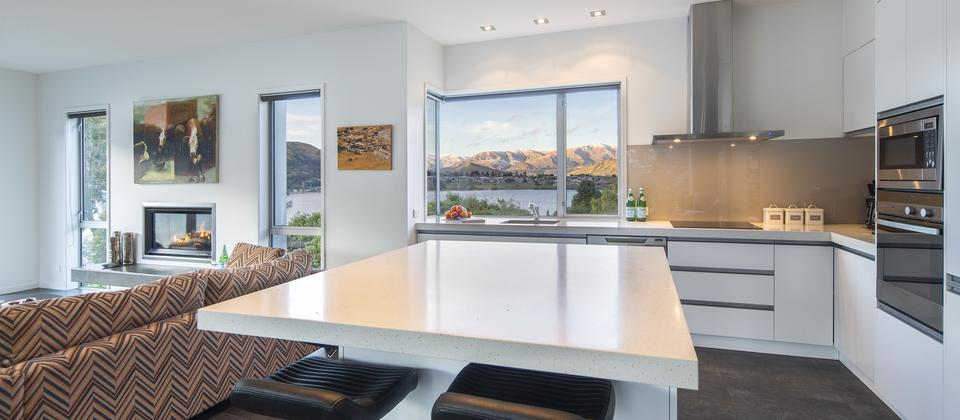 Sunnyside-Vista-Kelvin-Heights-Queenstown-luxury-holiday-home.jpg