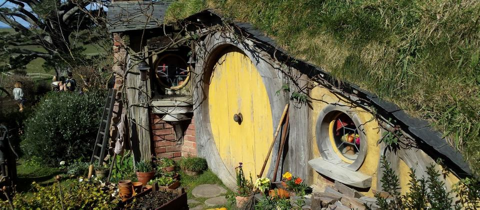 Hobbit houses at Hobbiton, Lord of the Rings film site