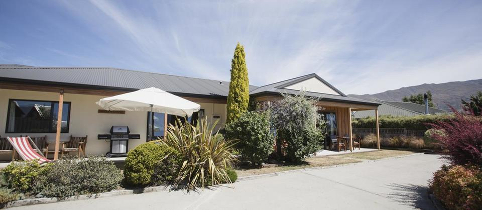 Apollo Apartment and Lodge Wanaka New Zealand.jpg