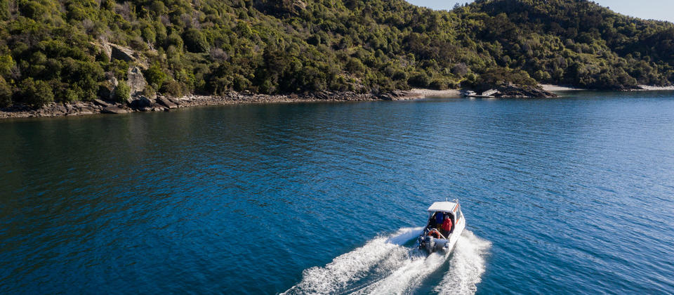 Wanaka Water taxi Tours