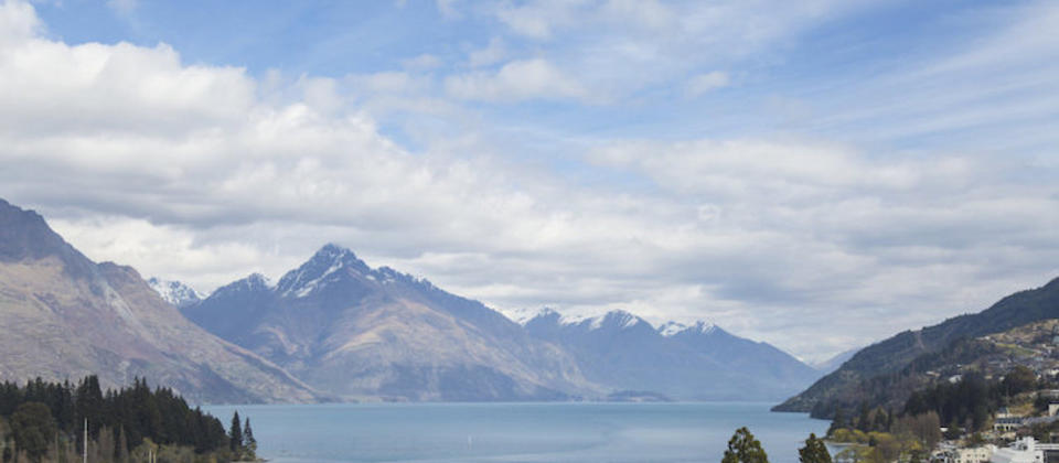 queenstown-wakatipu-central-6442-luxury-holiday-houses-villas-apartments-new-zealand.90040.904x505.jpg